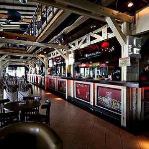 Red Shoes cafe je idealno mesto za četvrtak veče